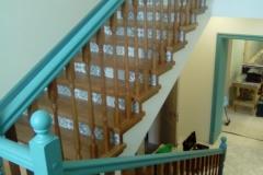 Закрытая лестница дуб