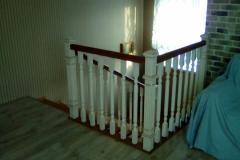 Закрытая лестница из бука
